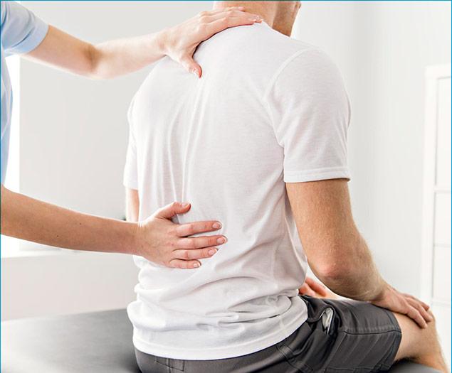 sesion-traumatologia-espalda-clinica-san-basilio